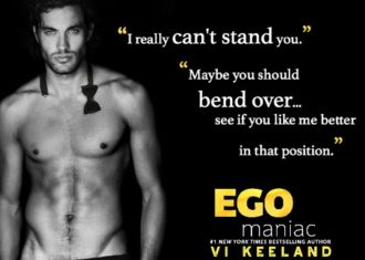 Review: Egomaniac by Vi Keeland | A Fortress of Books