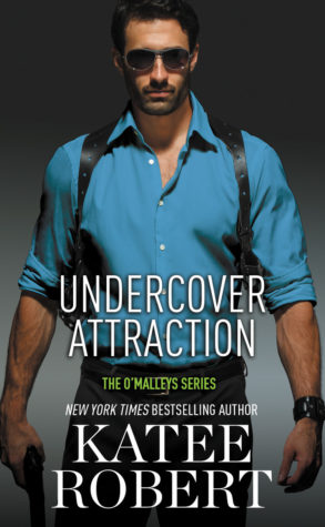 Review: Undercover attraction by Katee Robert